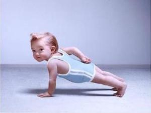 Funny-Baby-Excercise-Picture-3