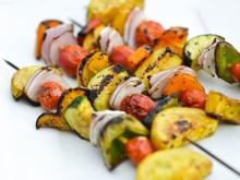 gezonde barbecue groente spiesjes
